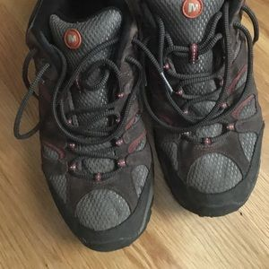 Merrell Continuum Hiking Shoe / Sneaker